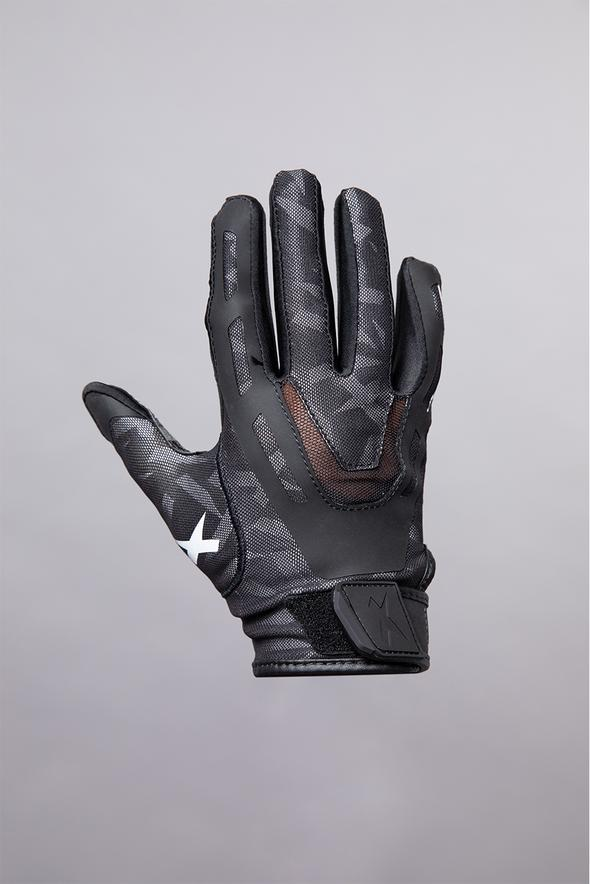 Xenith: Flexible Fit Shoulder Pads and Gloves